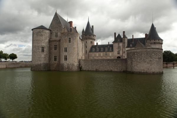 ke chateau de Sully-sur-Loire les douves