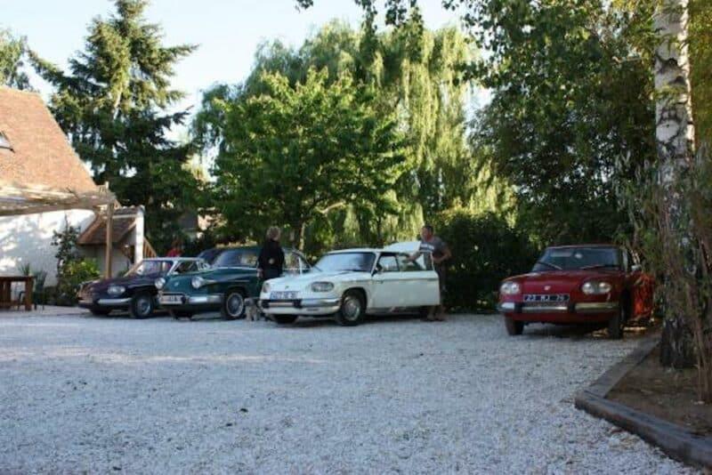 parking de la maison d'hôtes Cerviña